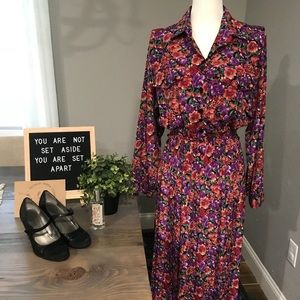 Vintage 80's floral print button up pleated dress